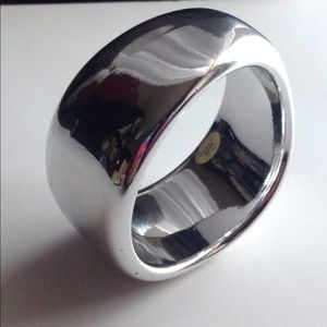 Jewelry - Silver Statement Bangle
